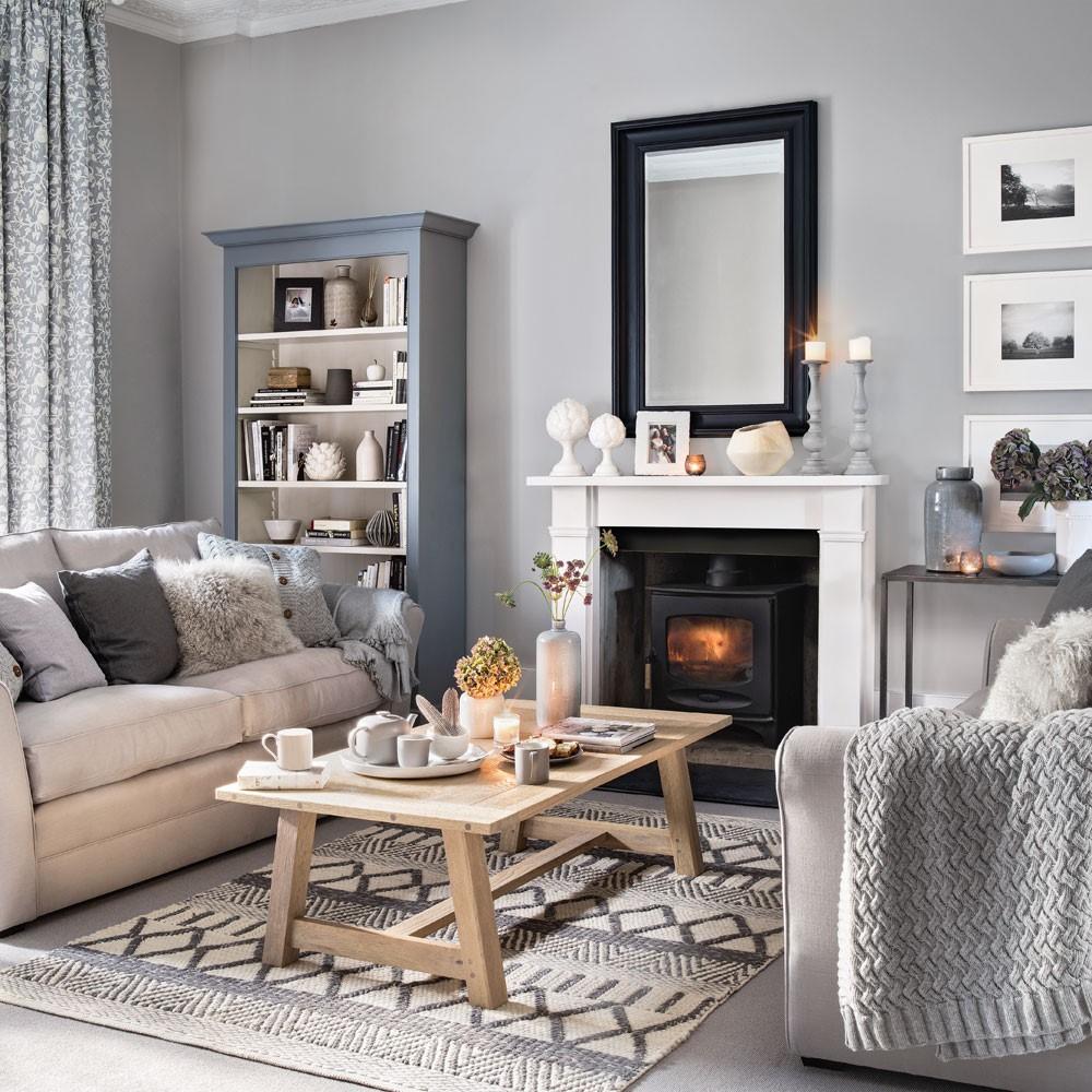 Grijze patronen en grijze palletten in een woonkamer doen het goed
