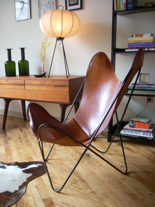 Leren stoel voor in kleine ruimte om toch de ruimte te bewaren door een niet te zwaar design