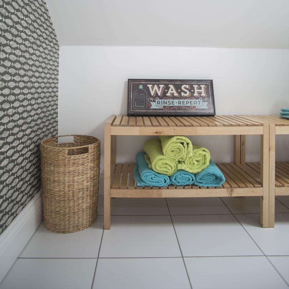 Badkamer kastje met latjes