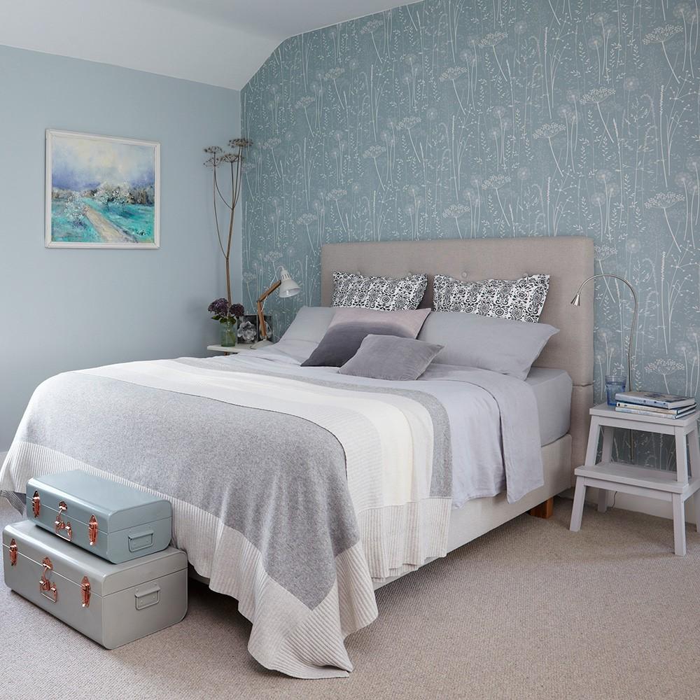 Natuurlijke achtergrond in een slaapkamer, beetje retro met zachte kleuren