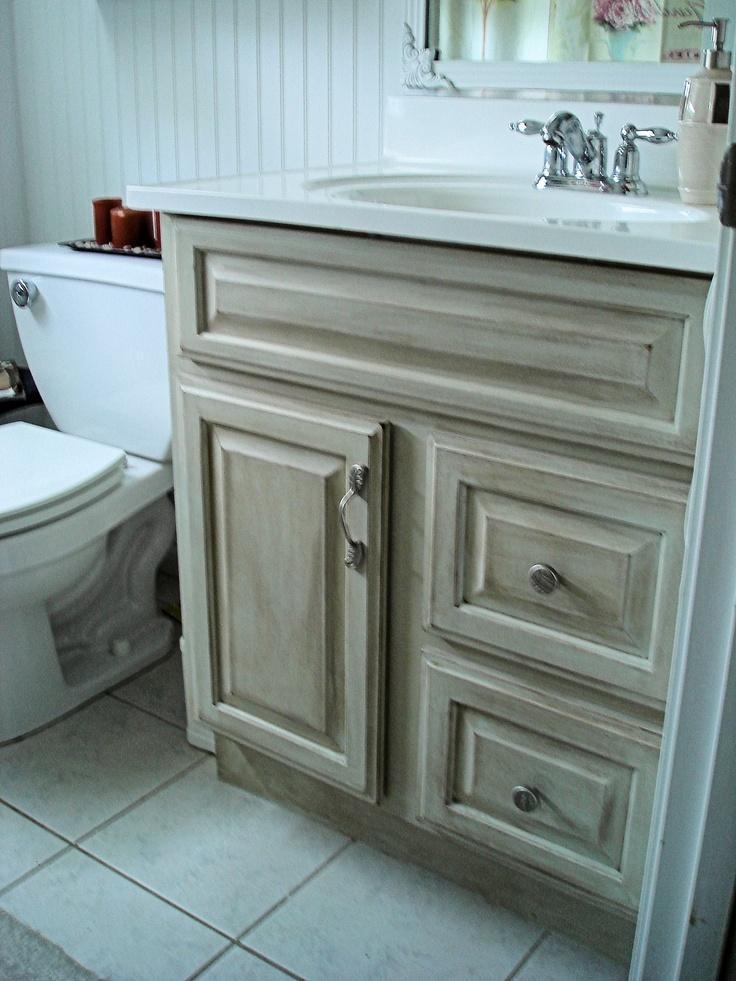 Oude badkamer meubels